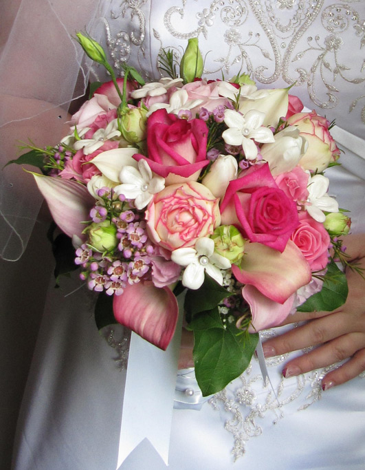 Pink Bridal Bouquet Posted in News No Comments
