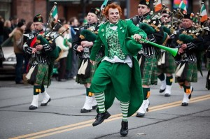 ST. PATRICK'S DAY- A DAY TO WISH YOUR LOVED ONES GOOD LUCK & CHEER