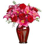 Fragrant Stargazer Lilies & Roses