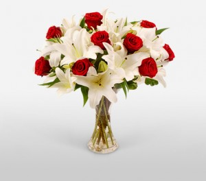 A Classic Red And White Wedding Bouquet
