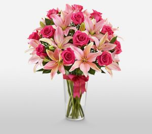 Lush Pink Roses & Lilies For Mom