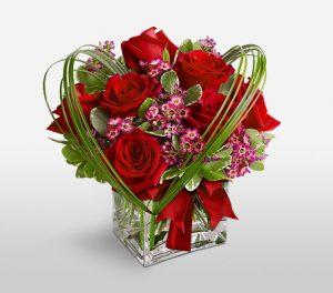 Ruby Cube Heart Shaped Rose Arrangement