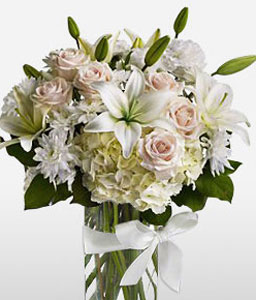 Countdown-White,Hydrangea,Lily,Rose,Arrangement
