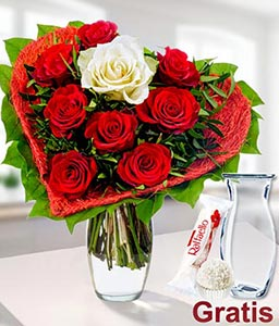 Sweet Heart-Red,White,Rose,Bouquet