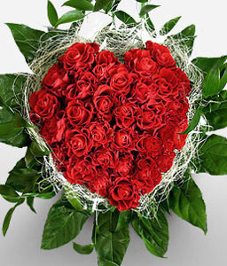 Queen Of Hearts-Green,Red,Rose,Arrangement