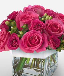 Lovers Posy-Pink,Rose,Arrangement