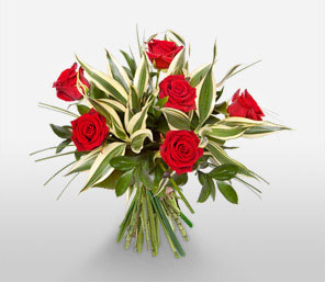 Temptation-Green,Red,Rose,Bouquet