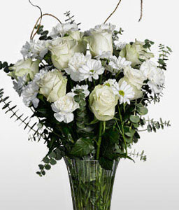 Vagrant Frill-White,Carnation,Chrysanthemum,Mixed Flower,Rose,Arrangement