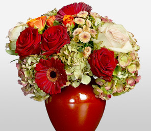 Storm And Calm-Green,Mixed,Red,White,Chrysanthemum,Daisy,Gerbera,Hydrangea,Mixed Flower,Rose,Arrangement