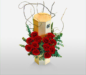 Romantic Roses-Green,Red,Rose,Arrangement