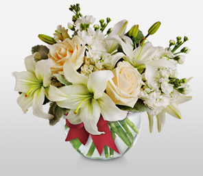 Beau Nuage-White,Lily,Rose,Arrangement