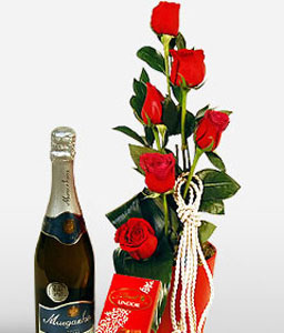 Hugs And Kisses-Red,Rose,Hamper,Champagne