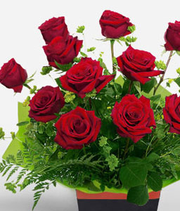 Roses In A Box-Red,Rose,Arrangement