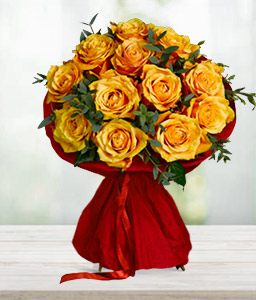 Orange Moon <Br><Font Color=Red>One Dozen Roses</Font>