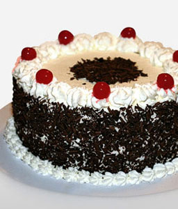 Black Forest Cake 0.5kg - Contains Egg-Cakes,Gifts