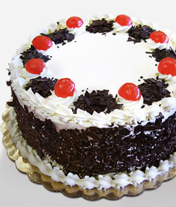 BlackForest Cake 0.6 KG-Cakes,Gifts