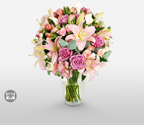 Serendipity-Pink,White,Lily,Rose,Bouquet