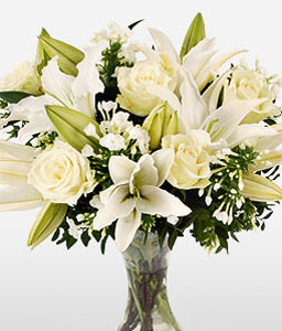 Beautiful-White,Lily,Rose,Arrangement