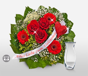 To my Love-Green,Red,Chocolate,Rose,Bouquet