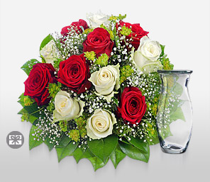Majestic-Green,Red,White,Rose,Bouquet