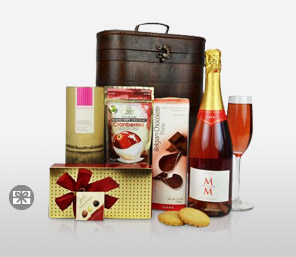 Delectable Festive Delight Hamper-Chocolate,Wine,Hamper