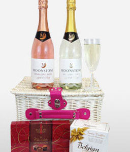Chocolates And Wine Gift Hamper-Chocolate,Hamper,Champagne