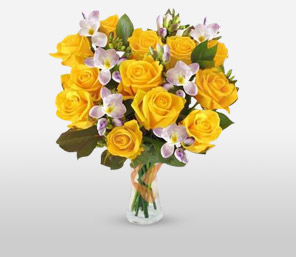 Golden Glow-Purple,Yellow,Alstroemeria,Rose,Bouquet