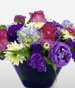 Graceful Mixed Flowers-Blue,Green,Pink,Hydrangea,Rose,Arrangement