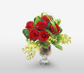 Royal Christmas-Green,Red,Orchid,Rose,Arrangement