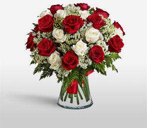 Christmas Hues-Red,White,Rose,Arrangement,Bouquet