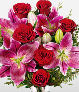 Be My Love <font color=Red>A Bouquet of Roses & Lilies</font>