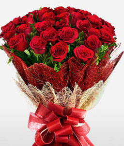 Love Forever <Br><span>50 Red Roses</span>