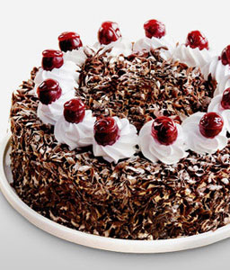Black Forest Gateau 10 inches