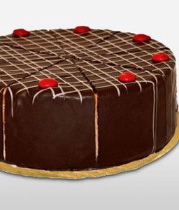 Blackforest Cake With Cherries - 21oz/600g