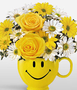 Happiness And Cheers-Mixed,White,Yellow,Daisy,Mixed Flower,Rose,Arrangement