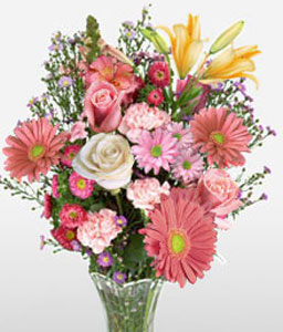 Grand Allure <Br><Font Color=Red>Mixed Flowers in Pink</Font>