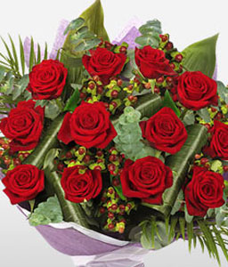 Red Cascade-Red,Rose,Bouquet