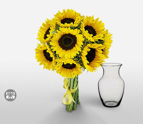 Sunny Treat-Yellow,SunFlower,Arrangement
