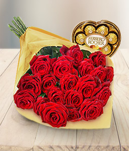 Red Hot Delight-Red,Chocolate,Rose,Bouquet,Hamper