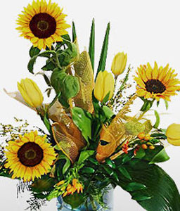 Sopot Splendor-Green,Yellow,SunFlower,Tulip,Bouquet