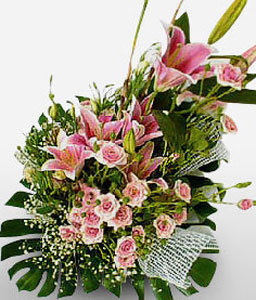 Salvador Splendor-Green,Mixed,Pink,Lily,Mixed Flower,Rose,Arrangement