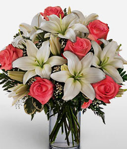 Grand Gallineral-Peach,White,Lily,Rose,Arrangement