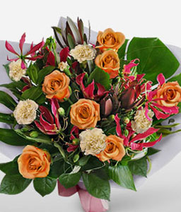 Nowy Swiat-Green,Mixed,Orange,White,Carnation,Mixed Flower,Rose,Bouquet