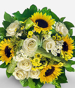 A Morning Dream-White,Yellow,Daisy,Rose,SunFlower,Bouquet