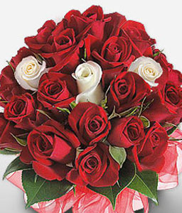 Moulin Rouge-Red,White,Rose,Bouquet