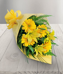 Silent Dawn-Yellow,Daisy,Gerbera,Lily,Bouquet