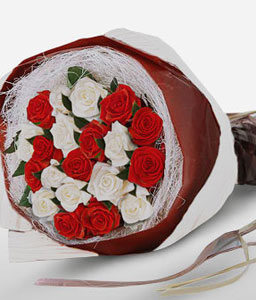 Chic Couture-Red,White,Rose,Bouquet