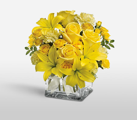 Yellow Blossoms <Br><Font Color=Red>Complimentary Vase</Font>