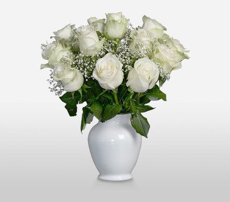 Pearl <br><font color=red>Complimentary White Vase</font>