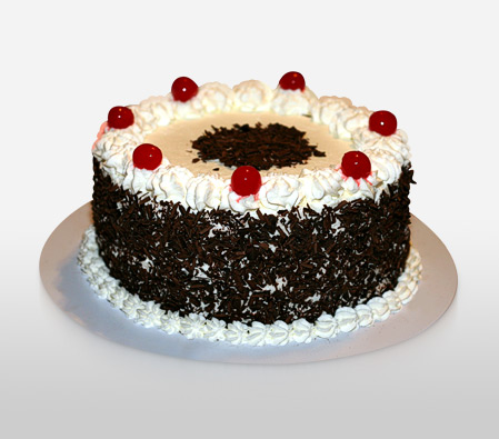Black Forest Cake 0.5kg - Contains Egg